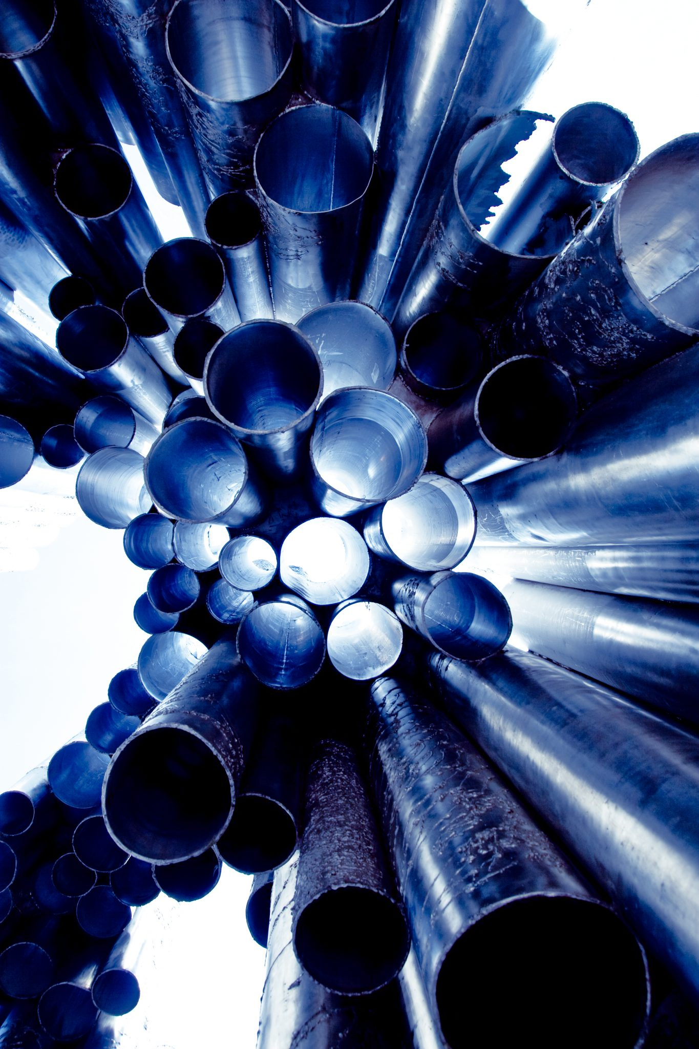 Metal_poles